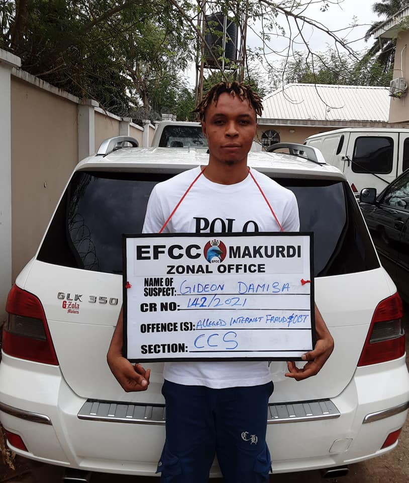 Update: 'Slay queen' arrested by EFCC shortly after showing off, sentenced to three years in prison for internet fraud