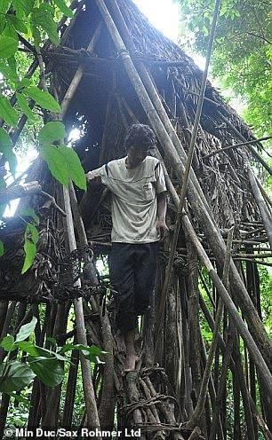 Tarzan dans la vraie vie qui a vécu dans la jungle pendant 40 ans meurt d'un cancer à peine 8 ans après avoir été amené dans un monde civilisé