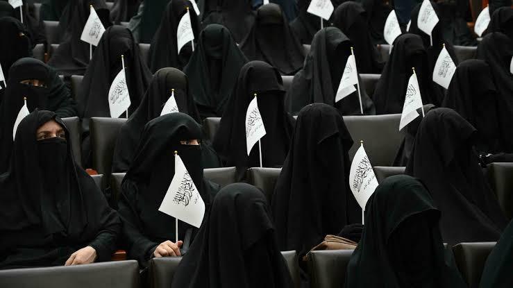 Afghan Women all over the world start online trend posing in…