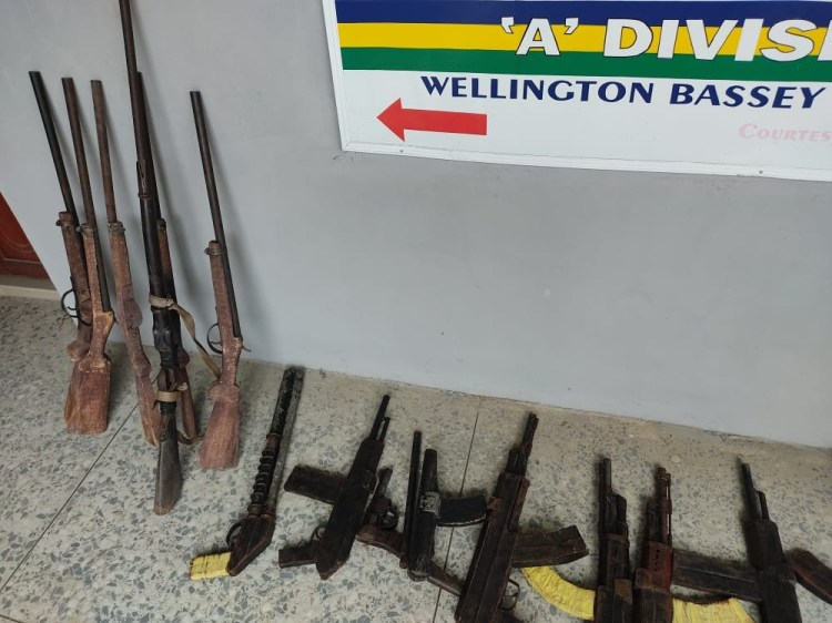 Police arrest welder who specializes in manufacturing and selling locally made guns to criminals in Akwa Ibom