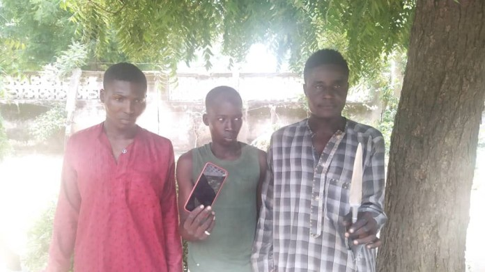Three phone snatchers stab man to death, injure another in Kano