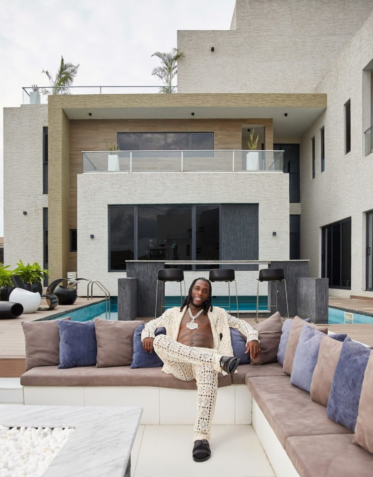"""""""This Is Where I Made My Grammy-Winning Album"""" - Burna Boy flaunts his Lagos mansion (video)"""