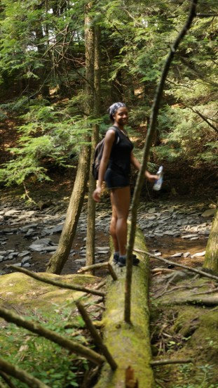 Hiking at the Salt Spring State Park - Alexis Chateau