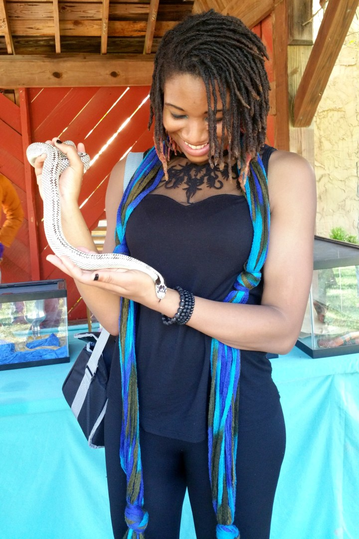 alexis chateau high white california king snake dreads