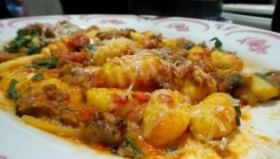 Maggianos Little Italy Las vegas Food