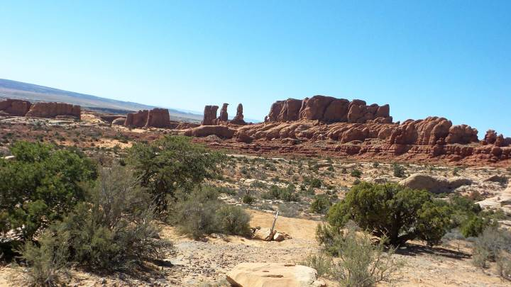 19 Arches National Park Hike to Tower Arch.jpg