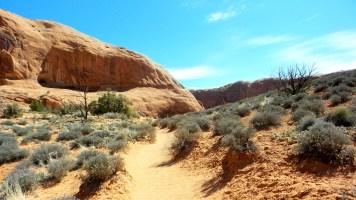 20 Corona Arches Hiking Trail Utah