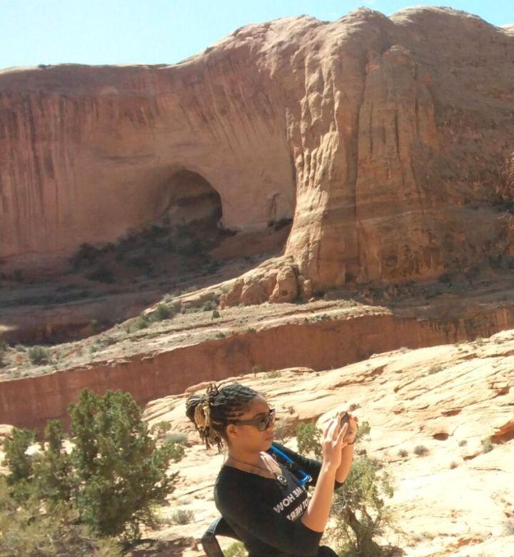 22.5 Alexis Chateau Corona Arches Hiking Trail Utah