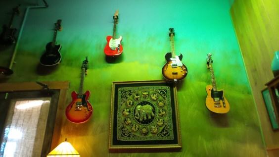 guitars music instruments travel explore nashville tennessee