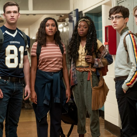 Burkely Duffield, Sydney Park, Asjha Cooper, Jesse Latourette, and Dale Whibley in Netflix's There's Someone Inside Your House