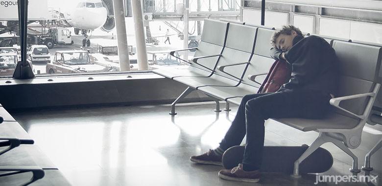 dormir en el aeropuerto-jumpers