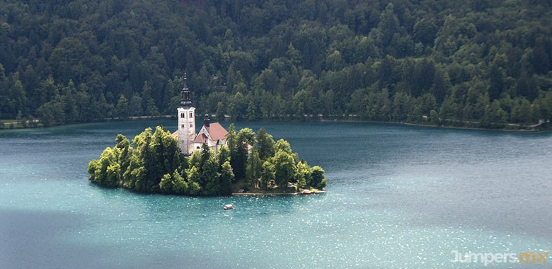 bled iglesia-jumpers