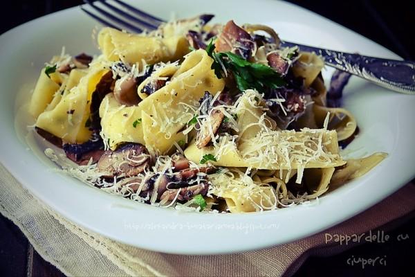 Pappardelle cu ciuperci, lămâie şi pătrunjel
