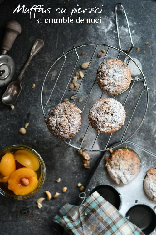 Muffins cu piersici - Bucătăria familiei mele-www.alexjuncu.ro