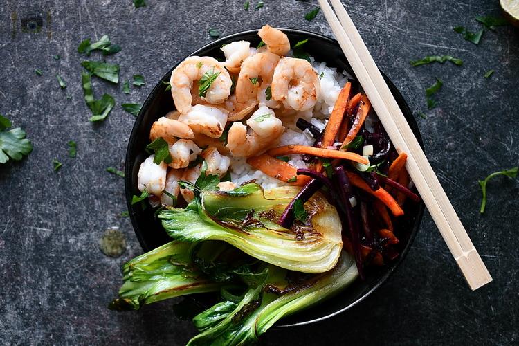 Shrimp cu bok choy - Bucătăria familiei mele - www.alexjuncu.ro