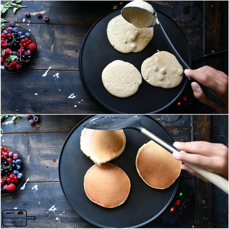 Pancakes in tava - Bucătăria familiei mele - www.alexjuncu.ro