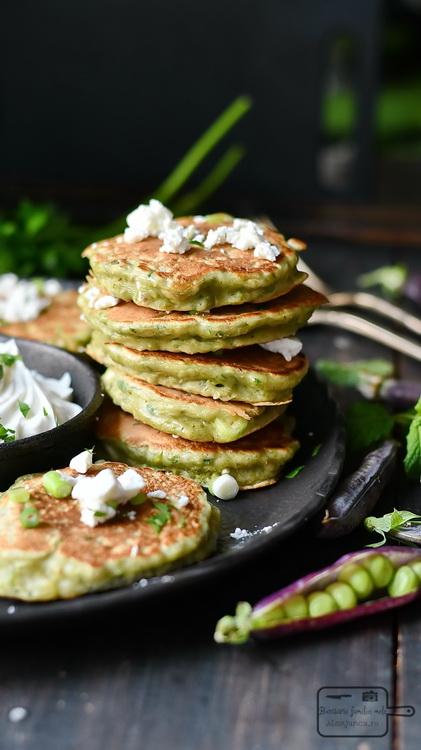 Clatite cu mazăre- Bucătăria familiei mele - www.alexjuncu.ro
