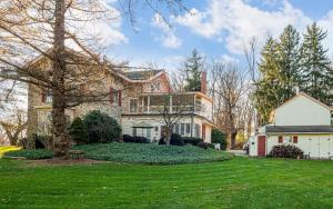 281 N Guthriesville Road Downingtown PA 19335 5