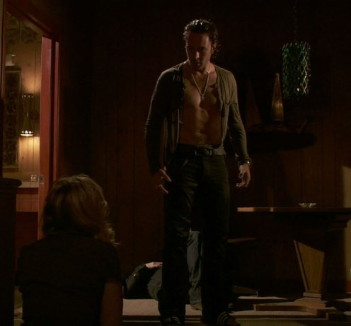 alex o'loughlin shirtless moonlight