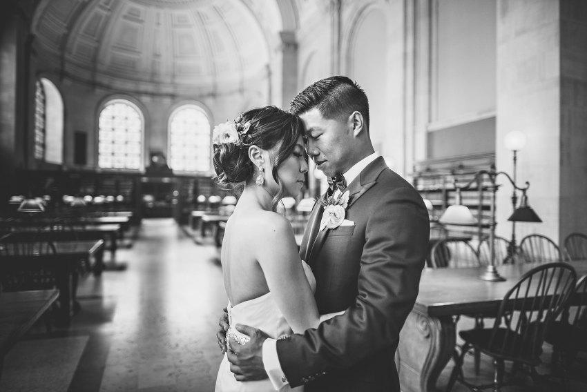 creative wedding photos at the BPL