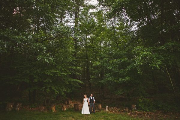 Katya + Scott / Friendly Crossways Retreat Center Wedding