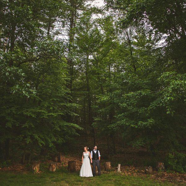Katya + Scott / Friendly Crossways Retreat Center Wedding