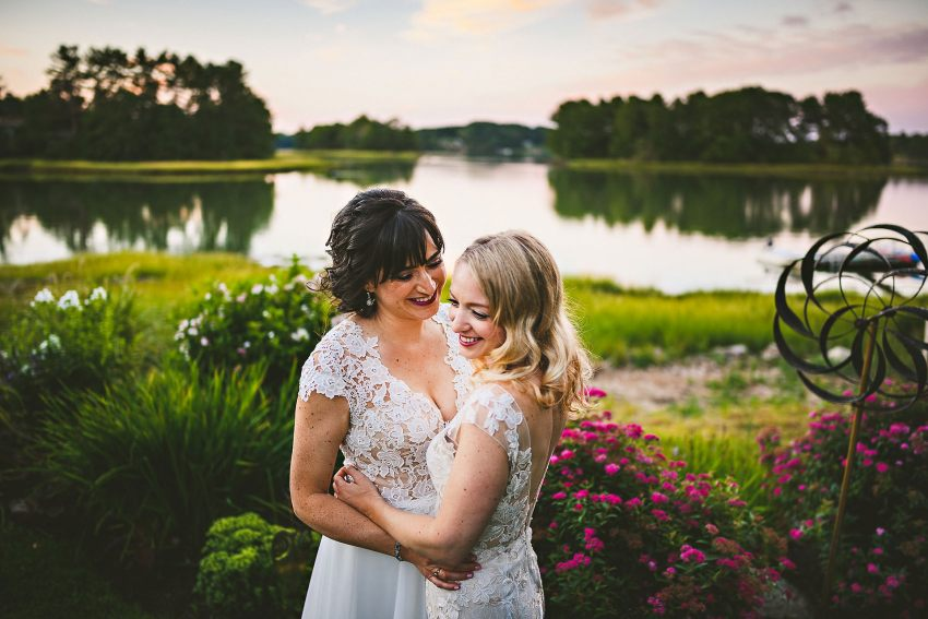 Romantic Maine wedding pictures