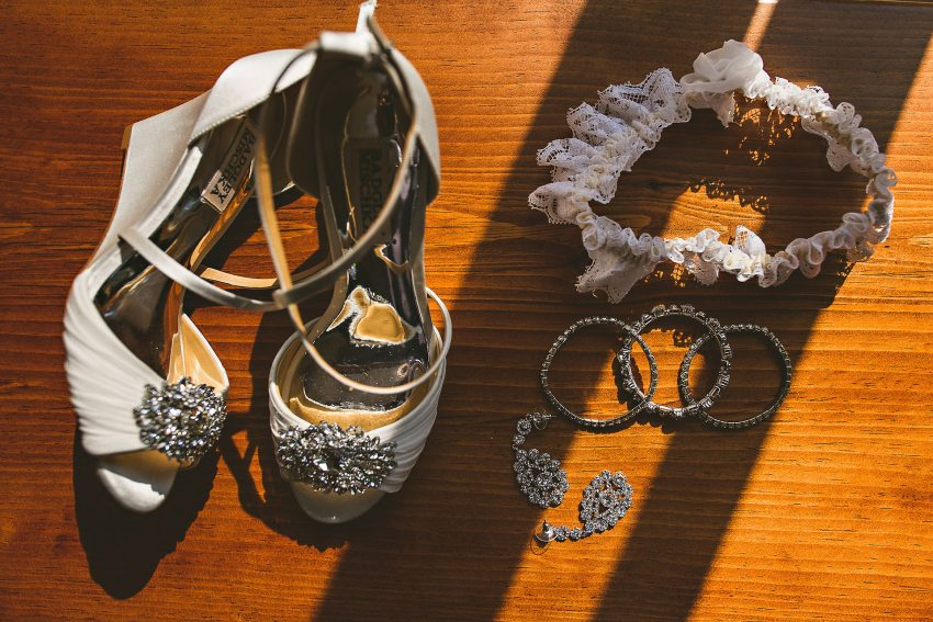 Dramatic wedding details