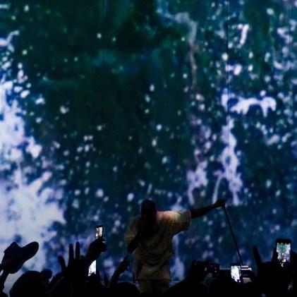 Kanye West @ Paris, Fondation Louis Vuitton - 07.03.2105 3