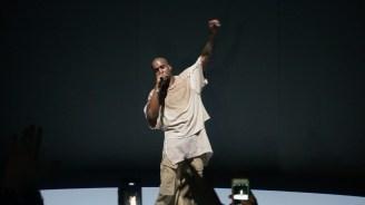 Kanye West @ Paris, Fondation Louis Vuitton - 07.03.2105