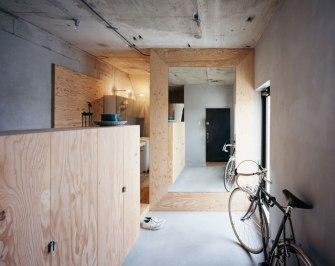 Naruse Inokuma Architects + Hiroka Karibe Setgaya Flat #2