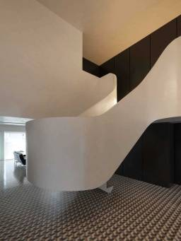 Rehabilitation-of-an-Apartment-by-CorreiaRagazzi-Arquitectos-Yellowtrace-03