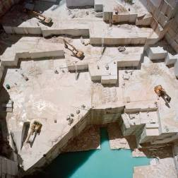 EXTRAORDINARY BEAUTY OF MARBLE QUARRIES IN ITALY & PORTUGAL by-Tito-Mouraz 4