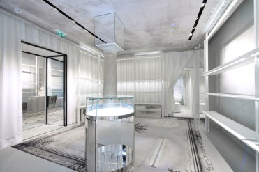 maison-margiela-opens-its-new-flagship-store-located-in-milan-06