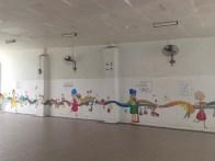 Children's graffiti inside. Детское графити внутри.