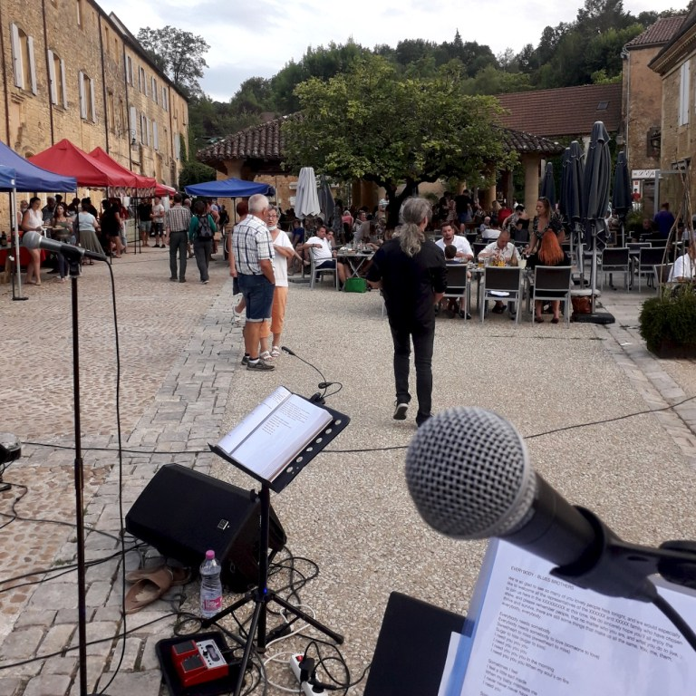 live music in cadouin