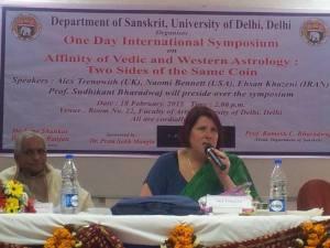 Alex Trenoweth lecturing at University of Delhi