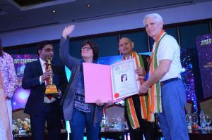Courtney Roberts, Director of Canaveral Research wins a prize for her contributions to outstanding research at the IVC Conference, Kolkata India