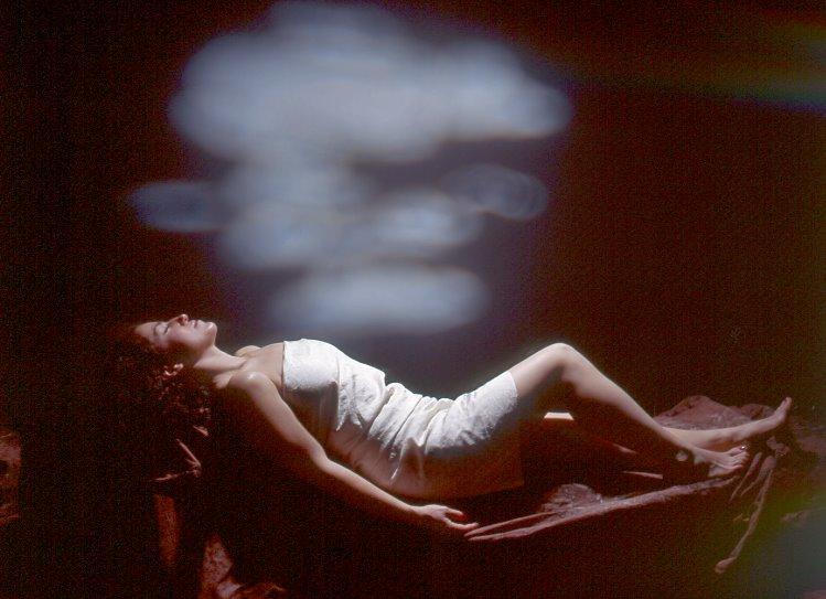 https://i2.wp.com/alexwaterhousehayward.com/blog/uploaded_images/La-Mujer--Dormida-799512.jpg