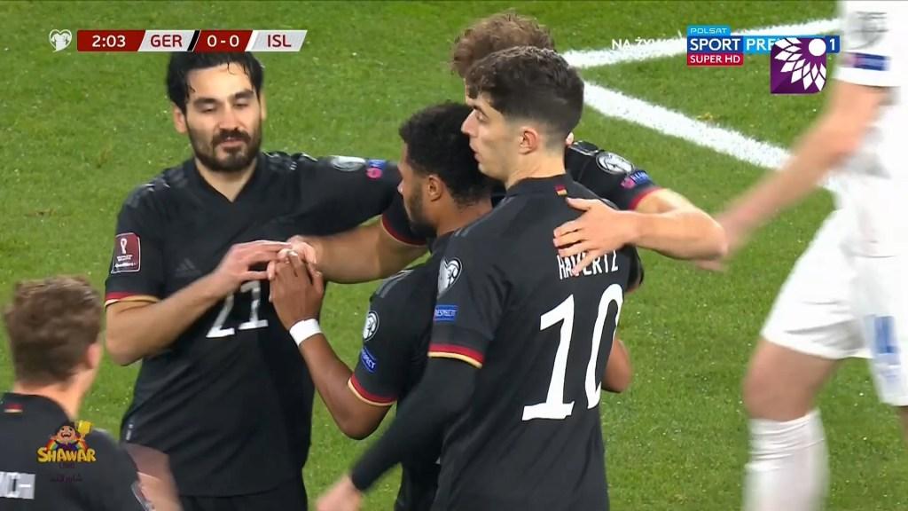 شاهد الهدف الاول ( 1-0 ) لصالح المانيا في شباك ايسلندا