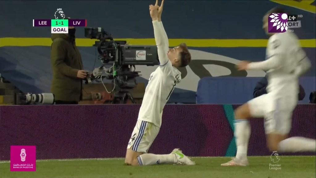 شاهد هدف التعادل ( 1-1 ) لصالح ليدز يونايتد في شباك ليفربول