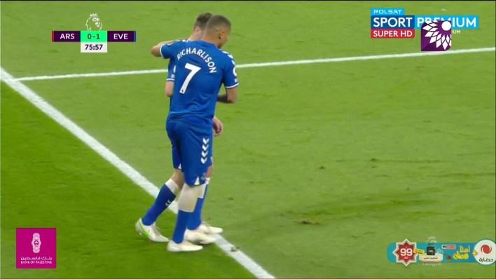 شاهد الهدف الاول ( 1-0 ) لصالح ايفرتون في ارسنال