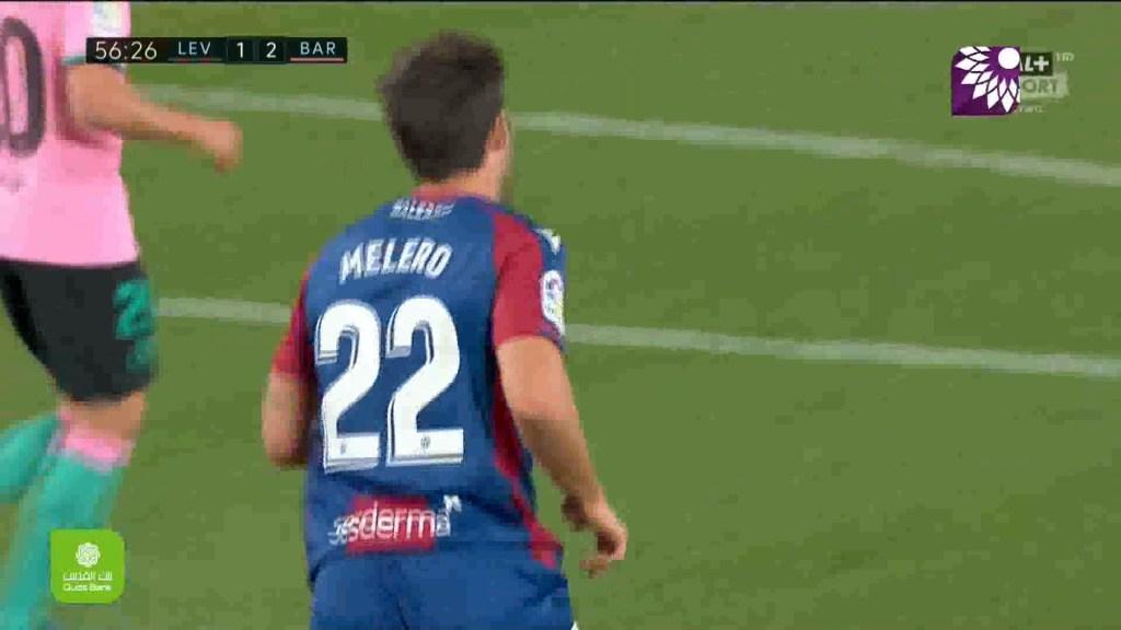 شاهد الهدف الاول ( 2-1 ) لصالح ليفانتي في شباك برشلونة