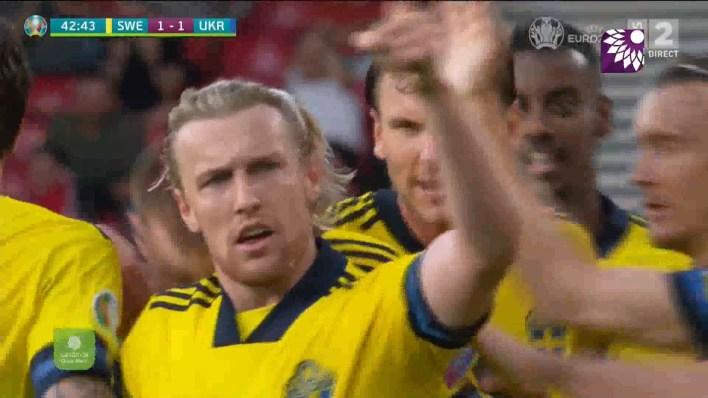 شاهد هدف التعادل (1-1 ) لصالح السويد في شباك اوكرانيا