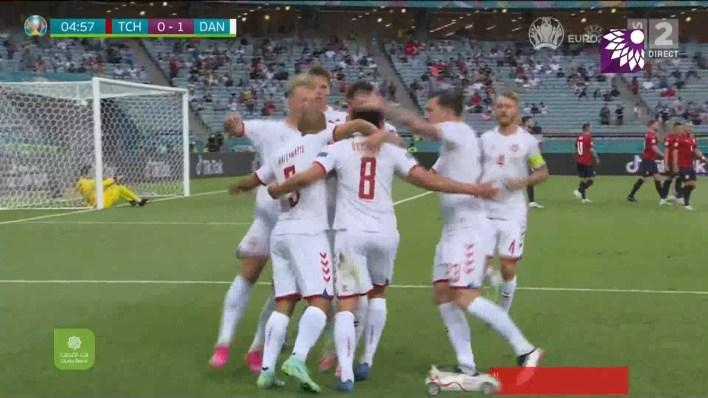 شاهد الهدف الاول ( 1-0 ) لصالح الدينمارك في شباك التشيك