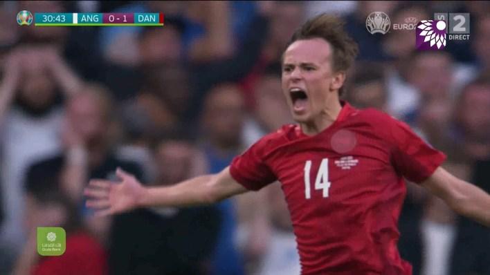 شاهد الهدف الاول (1-0) لصالح الدانمارك في شباك انجلترا
