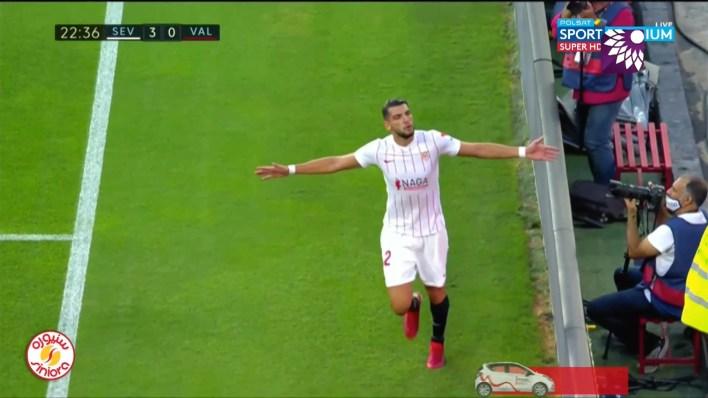 شاهد الهدف الثالث (3-0) لصالح اشبيلية في شباك فالنسيا