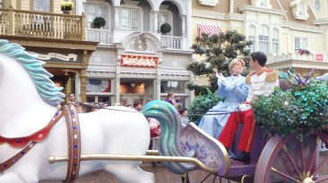 Cinderella dan pangeran pun tiba