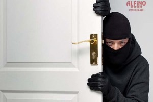 Παραβιάζονται ή δεν παραβιάζονται οι πόρτες ασφαλείας;