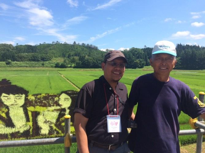 Bersama Abe-san, petani
